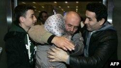 Libya'dan Atatürk Havalimanı'na gelen Türk vatandaşları