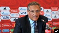 FIFA ကမာၻ႔ေဘာလုံးအဖဲြ႔ခ်ဳပ္အတြင္းေရးမႉး Jerome Valcke ။