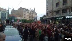 """Protest """"Svi kao jedan - 1 od 5 miliona"""" održan je u Beogradu ispred Terazijske česme, u subotu 4. maja 2019."""