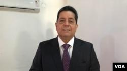 El diputado Edgar Zambrano es parte de la comisión que investiga el caso de presunta corrupción de legisladores del partido de Juan Guaidó.