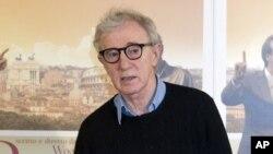 Woody Allen akan menerima penghargaan Cecil B. DeMille 2014 dalam perhelatan tahunan Golden Globe, 12 Januari 2014 menatang (Foto: dok).
