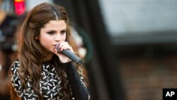 "Selena Gomez performs on ABC's ""Good Morning America"", July 26, 2013 in New York."