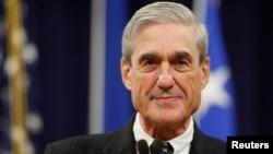 Mantan Direktur FBI Robert Mueller, penyidik khusus yang menyelidiki campur tangan Rusia dalam Pilpres AS tahun lalu (foto: dok).
