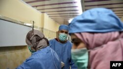 Ahmed Bougroura, chef du service de néphrologie de l'hôpital universitaire de Batna, à 435 km à l'est d'Alger, le 26 juillet 2017.