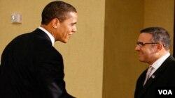 """""""El Salvador es un ejemplo inspirador de reconciliación nacional y de reacomodo político sin violencia"""", señaló Obama."""
