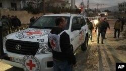 Konvoi bantuan Palang Merah Internasional tiba di kota Madaya, Senin (11/1).
