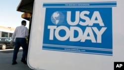 """El rotativo estadounidense aseguró que utilizará otros adjetivos sustitutos como """"indocumentados"""" o inmigrantes """"no autorizados""""."""