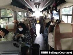 Seratusan WNI di Wuhan bersiap untuk dijemput pulang pemerintah Indonesia.
