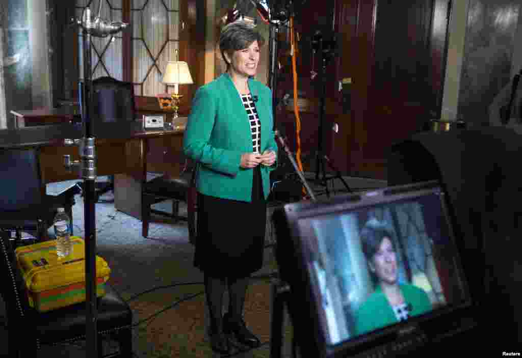 Senator Joni Ernst (R-IA) rehearses the Republican response to President Barack Obama's State of the Union address on Capitol Hill, Jan. 20, 2015.
