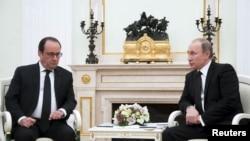 Predsednici Francuske i Rusije, Fransoa Oland i Vladimir Putin (arhivski snimak)