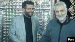 محسن خزایی خبرنگار صدا و سیما در سوریه در کنار قاسم سلیمانی فرمانده سپاه قدس