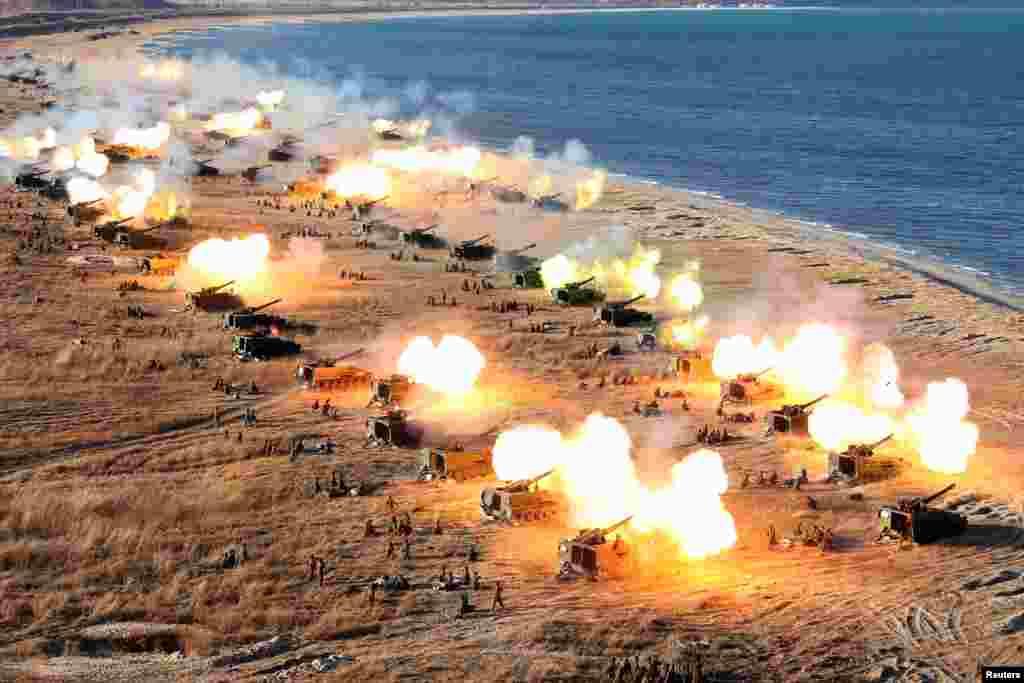 تمرین نظامی ارتش کره شمالی.