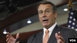 Ketua DPR AS dari Partai Republik, John Boehner dalam konferensi pers di Gedung Kongres (17/2).