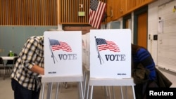 US Votes in Crucial Midterm Election