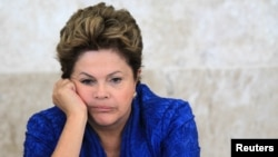 A pesar de la posición conciliadora de la presidenta brasileña Dilma Rousseff, los manifestantes no están satisfechos con sus propuestas.