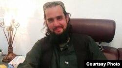 شہباز تاثیر کی طالبان کی قید سے رہائی پانے کے بعد کی تصویر