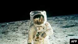 Лунная «паническая атака» Роскосмоса
