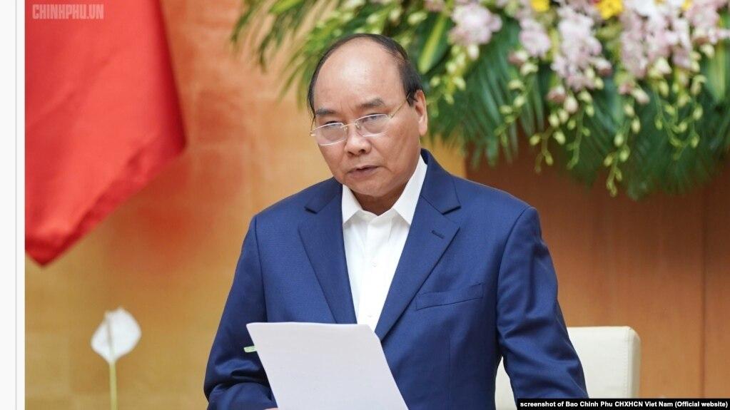 Ông Phúc trong cuộc họp chính phủ hồi tháng Tư, 2019.