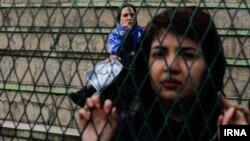حضور هواداران فوتبال در مراسم تشییع جنازه منصور پورحیدری، پیشکسوت تیم استقلال