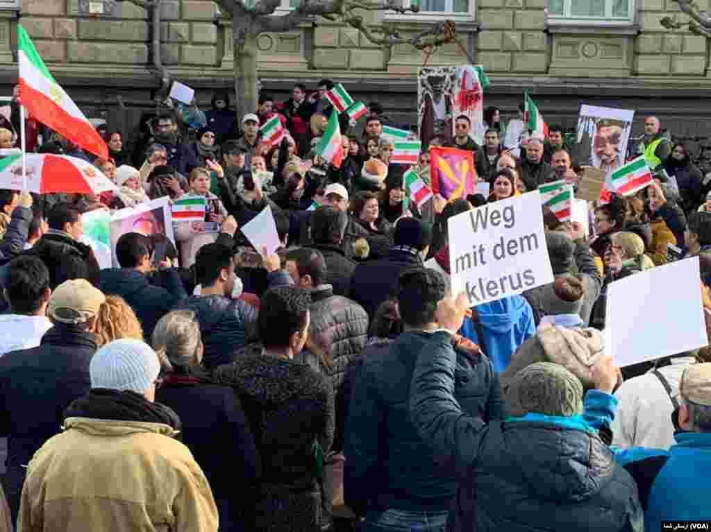 تجمع ایرانیان در دوسلدورف آلمان - شنبه ۲۳ نوامبر