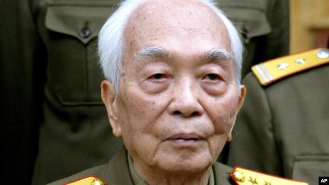 Đại tướng Võ Nguyên Giáp được xem là một trong những vị anh hùng dân tộc được kính trọng nhất của Việt Nam.