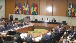 """Estados Unidos e países africanos tentam """"aproveitar"""" o AGOA - 2:09"""