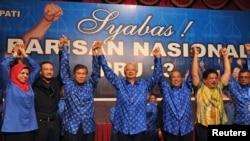 馬來西亞總理納吉布5月6日在競選總部慶祝選舉勝利