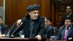 Presiden Afghanistan Ashraf Ghani di hadapan parlemen di Kabul, Afghanistan (20/1).