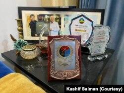 شہروز کو مختلف ایوارڈ بھی مل چکے ہیں۔