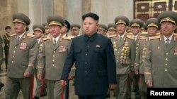 د شمالي کوریا مشر کیم جون اون