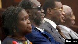Simone Gbagbo au tribunal (Reuters)