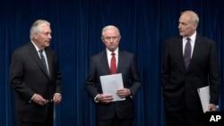 روز دوشنبه وزرای خارجه، دادگستری و امنیت داخلی آمریکا جزئیات فرمان اجرایی جدید ترامپ را به اطلاع خبرنگاران رساندند.