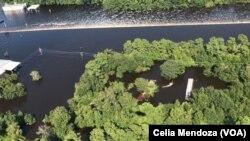 El área de Beaumont, Texas, quedó anegada por las inundaciones causadas por Harvey.