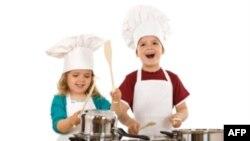 Thi nấu ăn bữa trưa lành mạnh cho nhà trường