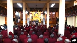 Hundreds of exiled Tibetans and Buddhist monks held public prayers Wednesday in the northern Indian town of Dharamsala.