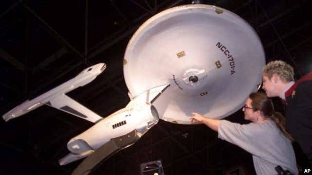 """A model of the Star Ship Enterprise from the television show """"Star Trek"""""""