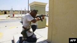 В Триполи продолжаются бои