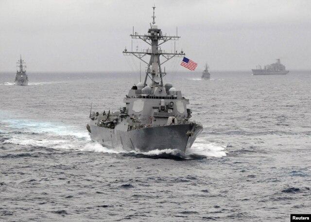 Tàu chiến USS Lassen của Mỹ có tên lửa dẫn đường là một trong số các khu trục hạm mạnh nhất từng được chế tạo.