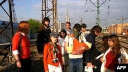 Активисты арт-группы «Война». 6 мая 2008 года