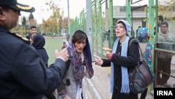 """طرح جمع آوری زنان """"معتاد متجاهر"""" در محله هرندی تهران"""