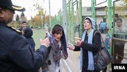 طرح جمع آوری زنان معتاد خیابانی در محله هرندی تهران