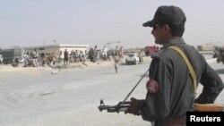 Pakistanski vojnik na pakistansko-avganistanskoj granici