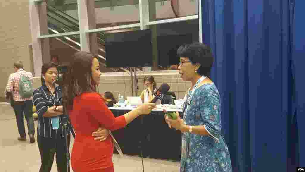 VOA Indonesian's Patsy Widakuswara interviewing Indonesian American Democrat Dewita Suhardjono during the Democratic National Convention in Philadelphia