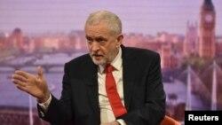 Лідер Лейбористської партії Джеремі Корбин очолює парламентську опозицію у Великій Британії