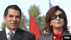 Mantan Presiden Tunisia Zine EL Abidine Ben Ali dan isterinya, Leila Trabelsi (foto: dok.).