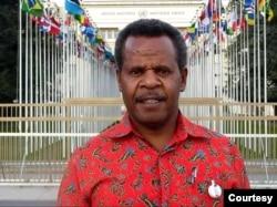 Direktur YKKM Papua, Theo Hesegem. (Foto: Courtesy/Dok Pribadi)