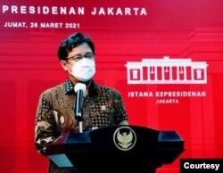 Menteri Kesehatan Budi Gunadi Sadikin usai Ratas dengan Presiden Jokowi di Istana Kepresidenan , Jakarta, Jumat, 26 Maret 2021 mengatakan jumlah penduduk Indonesia yang sudah divaksinasi COVID-19 tembus 10 juta Orang ( biro Setpres ).