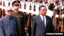 지난 1987년 5월 중국을 방문한 북한 김일성 주석. (자료사진)