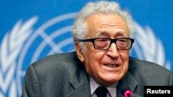 라크다르 브라히미 유엔 아랍연맹 공동 특사가 지난 24일 스위스 제네바에서 가진 기자회견에서 시리아 문제에 대해 말하고 있다.
