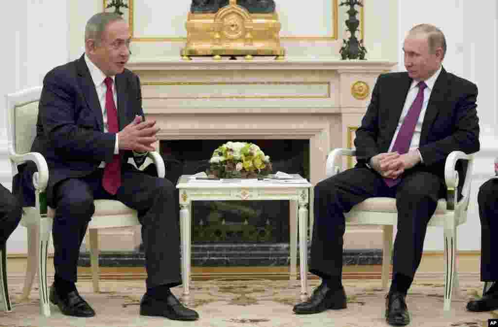 بنیامین نتانیاهو نخست وزیر اسرائیل در مسکو با ولادیمیر پوتیندر مورد مشکلهای امنیتی منطقه ناشی از حضور ایران در سوریه گفت و گو کرد.